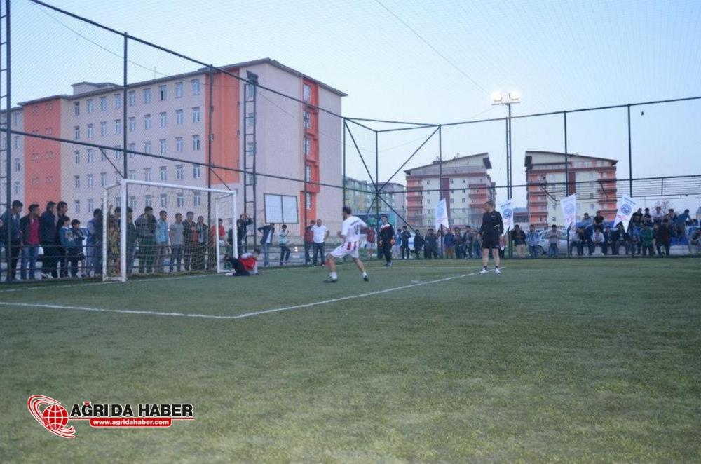 Ağrı Barosu Kurumlar Arası Futbol Liginde Şampiyon Oldu