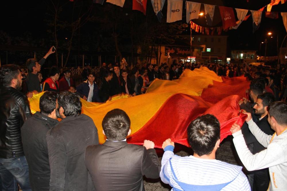 Ağrı'da Galatasaray Taraftarının şampiyonluk Sevinci