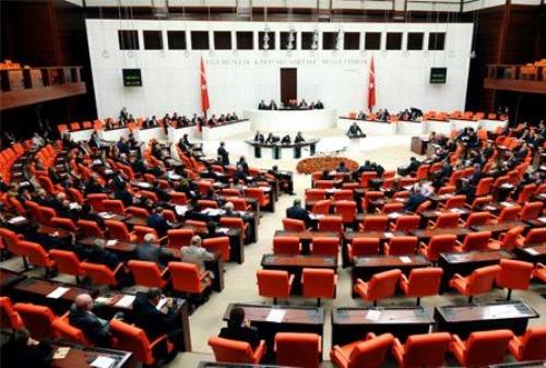 Özel Mahkemelerin Kaldırılması Teklifi Komisyondan Geçti
