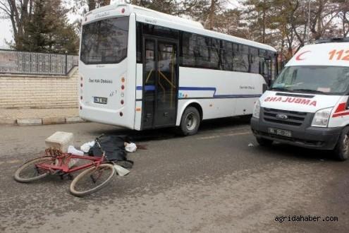 Halk Otobüsünün Çarptığı Bisikletli Çocuk Öldü