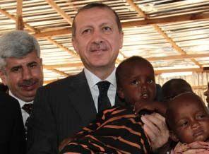 Erdoğan ve sanatçılar Somali ziyaretini anlattı