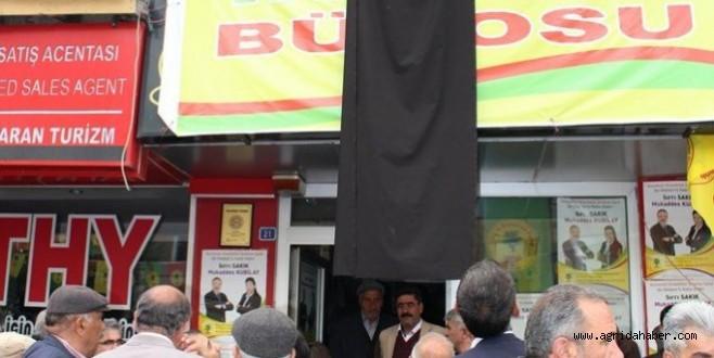 BDP'liler Soma İçin Yas İlan Etti