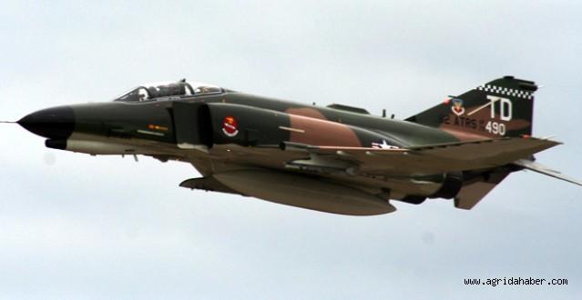 Malatyada İki Savaş Uçağı Düştü; 4 Şehit