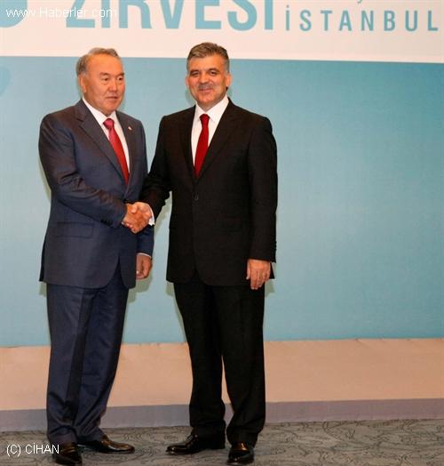 Nazarbayev, Gül ile Telefonla Görüştü