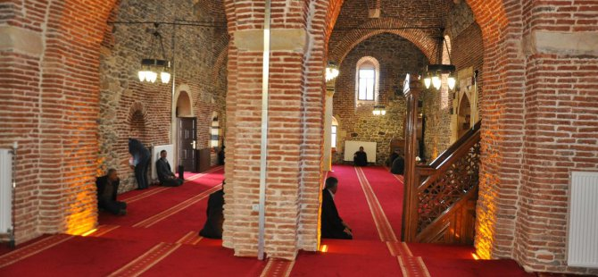 Muş'taki tarihi Ulu Cami ibadete açıldı