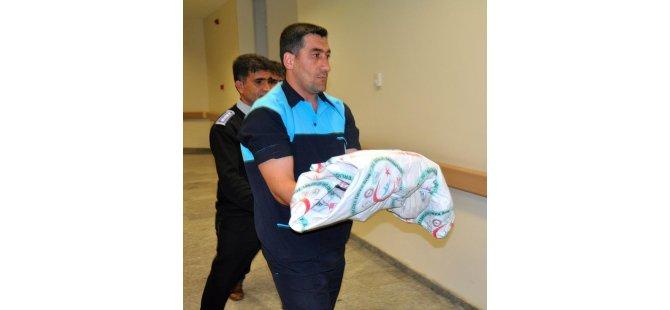 Çöpte yeni doğmuş bebek cesedi bulundu