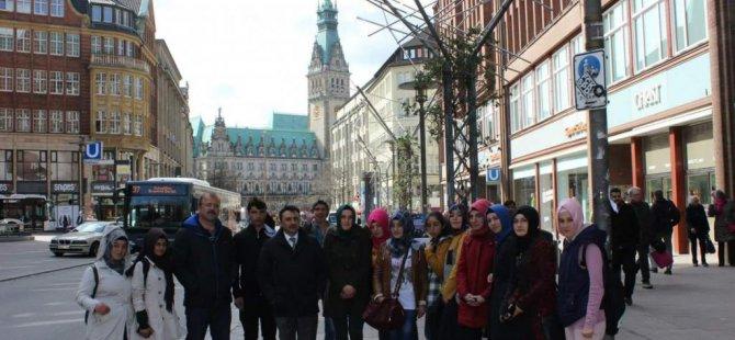 Pazaryolu'nda lise öğrencileri Almanya'ya gitti