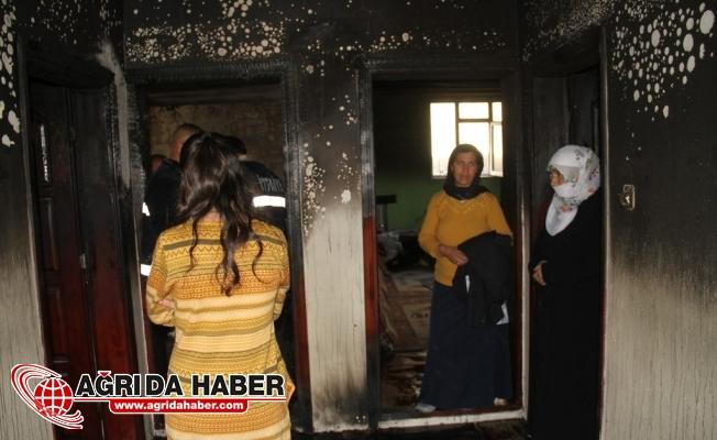 Ağrı Yüzüncü Yıl Mahallesinde Ev Yangını