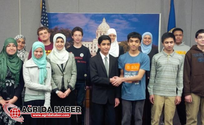 Amerika Genç Nüfusunun Yarısı Müslüman