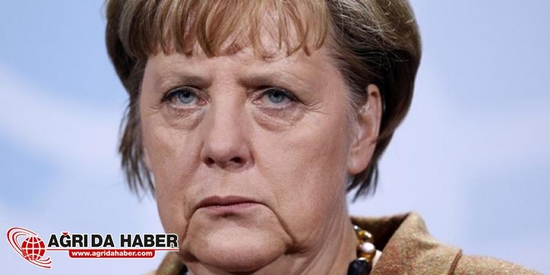 Merkel Peşmerge Eğitimine Devam Ediyor!