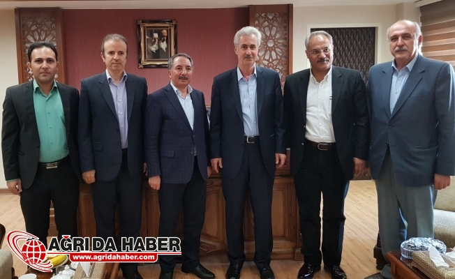 Abdulhalik Karabulut Tebriz Üniversitesini Ziyaret Etti