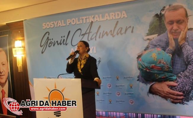 Ak Parti Genel Başkan Yardımcısı Sosyal Politikalar Başkanı Öznur ÇALIK Ağrı'da