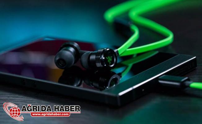 Razer Telefon İçin Kulaklık Belli Oldu
