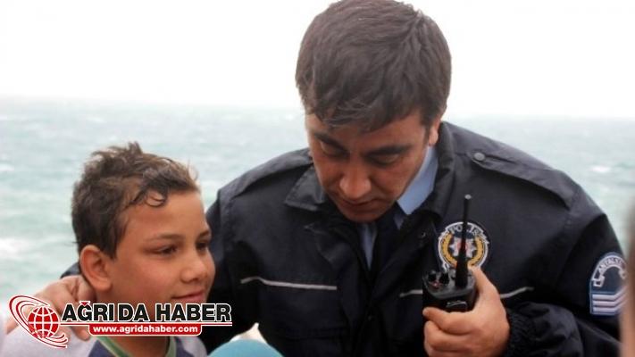 Bingöl'den İstanbul'a Kaçmak İsteyen 3 Çocuk Yakalandı