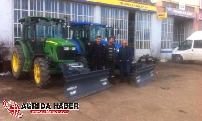 Bitlis'te Yolları Traktörler Açacak