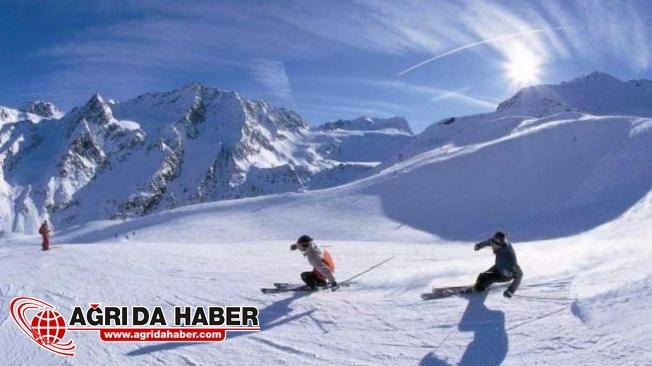 Hakkarili Kayakçılardan Yarışmalara İddialı Hazırlanma