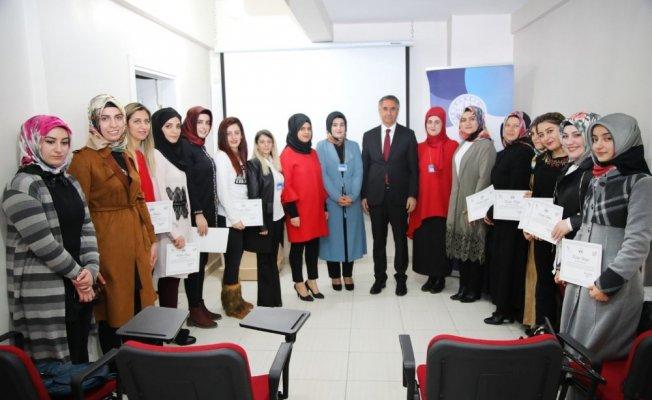 ADEM'de eğitim seminerleri devam ediyor