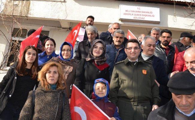 Adilcevaz halkı Afrin için askerlik başvurusunda bulundu