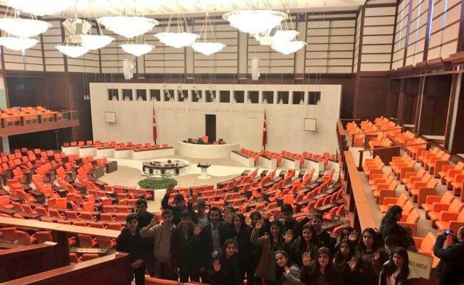 Çukurcalı öğrenciler Ankara'yı gezdi
