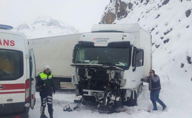 Eleşkirt'te trafik kazası: 1 yaralı