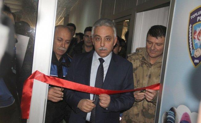 """Hakkari'de """"Kanka Polis Mağazası"""" açıldı"""