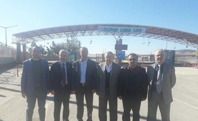 Sağlıkçılardan Mehmetçik'e moral ziyareti