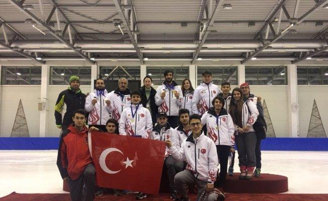 Türk sporcular Short Track Danubia Serisi Pannonia Open yarışmasına damga vurdu