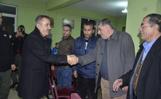 Ağrı Valisi Süleyman Elban vatandaşlarla bir araya geldi