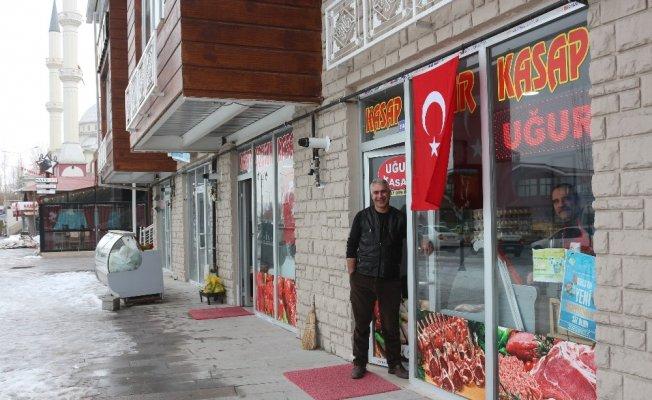 Van halkından Zeytin Dalı Harekatı'na bayraklı destek