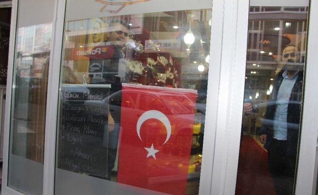 Afrin operasyonuna bayraklı destek