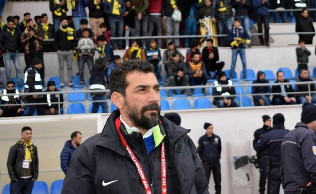 Ağrı 1970 Spor Teknik Direktörü Kalafatoğlu basın açıklaması yaptı
