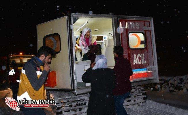 Ağrı'da Kadın Hastayı Kurtarmak için Seferber oldular!