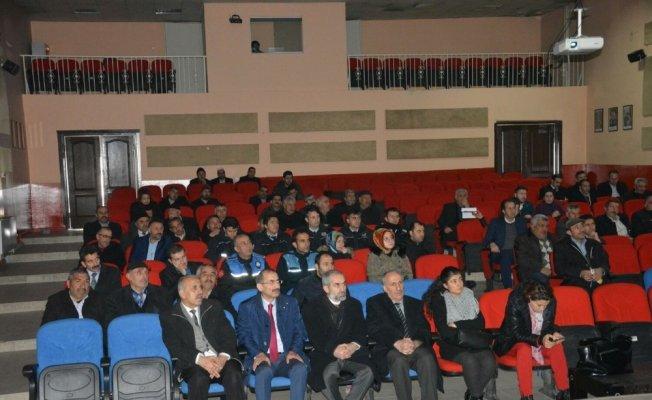 Aşkale'de madde bağımlılığı konferansı