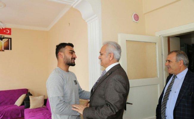 Başkan Başsoy'dan Afrin gazisine ziyaret