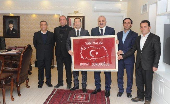 Başkan Ayhan Kahraman'dan Vali Murat Zorluoğlu'na ziyaret