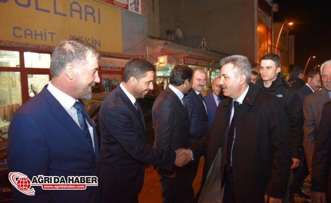 Ağrı Valisi Süleyman Elban Belde ve Belediye Başkanlarıyla Bir Arada