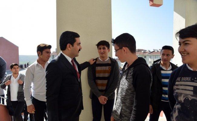 """Belediye Başkanı Yaşar Bahçeci: """"Eğitim desteklerimiz devam edecek"""""""