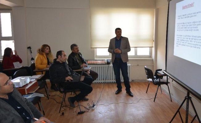 """BİGACEM'in """"Genç Gazeteciler"""" Projesi başladı"""