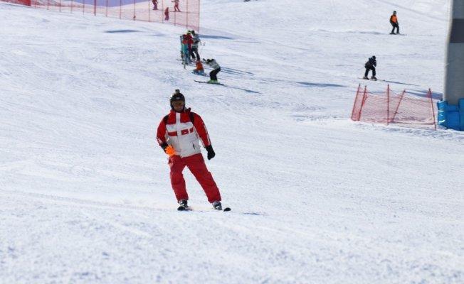 Bingöl'de Kayak Yarışması Düzenlendi