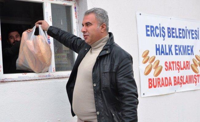 Erciş Belediyesi'nden halk ekmeği satış noktalarına artış