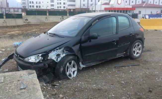 Erzincan'da trafik kazası: 4 yaralı