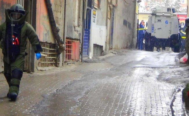 Hakkari'de şüpheli poşet polisi alarma geçirdi