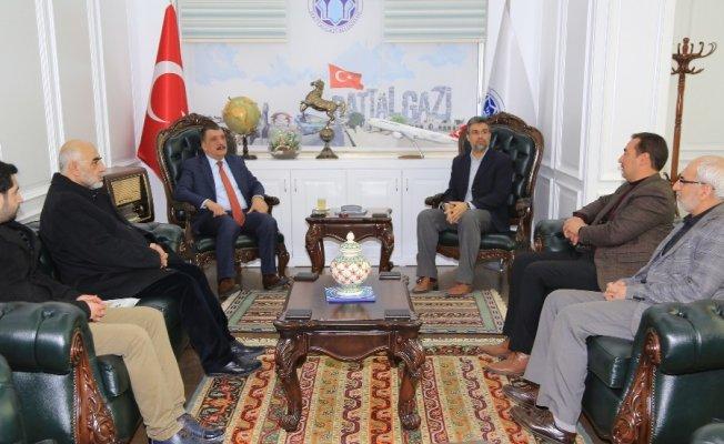 İHH'dan Başkan Gürkan'a ziyaret