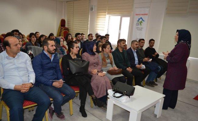 İpekyolu'nda 'uyuşturucuyla mücadele' konulu toplantı