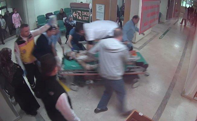 Kahraman doktor sedyenin üstüne çıktı, kalbinden bıçaklanan adamı böyle hayata döndürdü