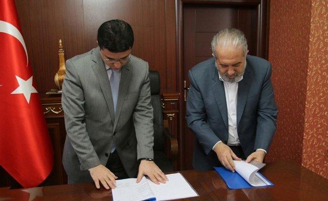Karakoçan'da belediye işçilerinin yüzü güldü