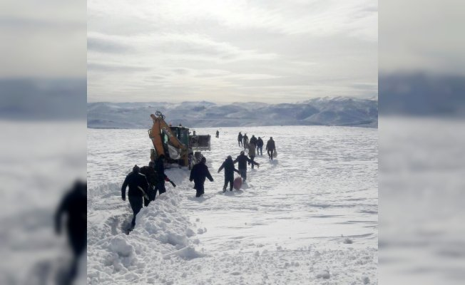Karlı dağları aştılar, arızaya ulaştılar