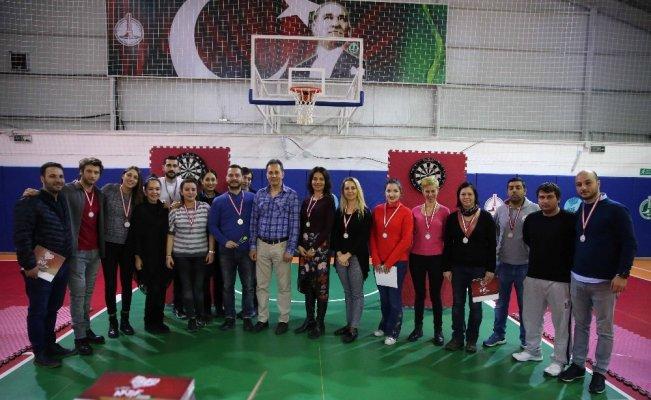 Karşıyaka Belediyesinde dart heyecanı