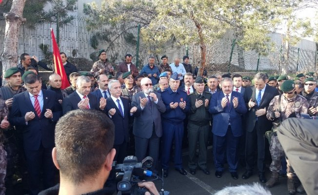 Kayseri PÖH'leri Afrin'e dularla yolcu etti