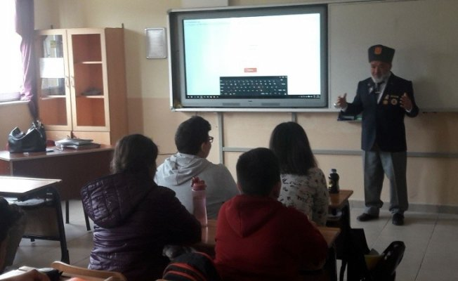 Kıbrıs gazisinden okul ziyareti